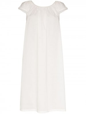 Ночная сорочка Lawn с фестонами Pour Les Femmes. Цвет: белый
