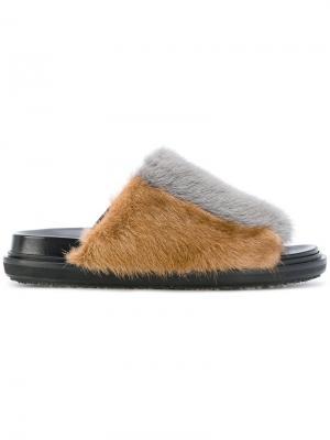 Fur sliders Marni. Цвет: чёрный