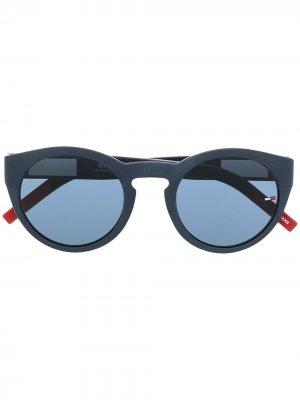Солнцезащитные очки с логотипом Tommy Jeans. Цвет: синий