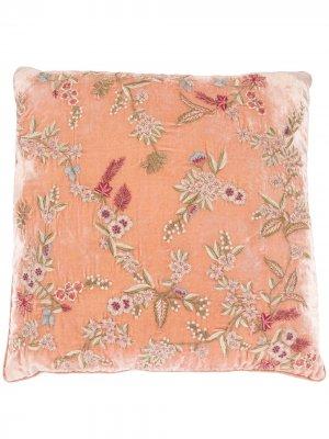 Подушка с цветочной вышивкой Anke Drechsel. Цвет: розовый