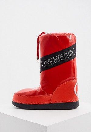 Луноходы Love Moschino. Цвет: красный