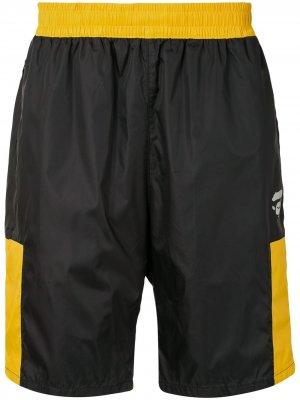 Спортивные шорты с контрастными вставками A BATHING APE®. Цвет: черный