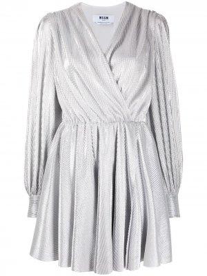 Короткое платье с запахом MSGM. Цвет: серебристый