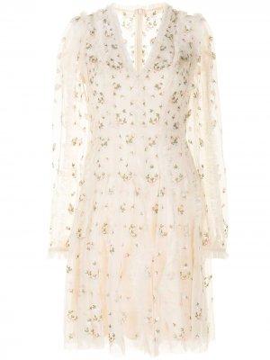 Платье с цветочной вышивкой и сборками Needle & Thread. Цвет: нейтральные цвета