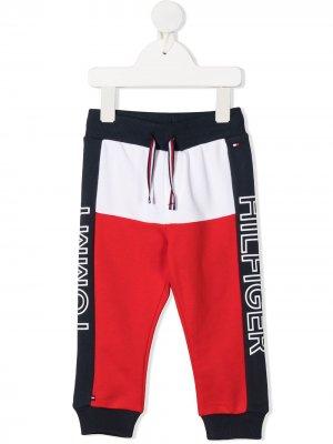 Спортивные брюки с логотипом Tommy Hilfiger Junior. Цвет: синий