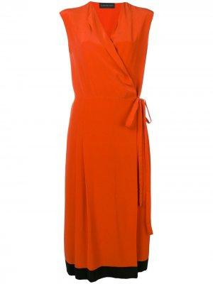 Креповое платье с запахом Cashmere In Love. Цвет: оранжевый