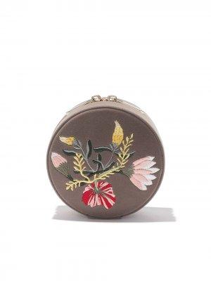 Круглая шкатулка с цветочной вышивкой WOLF. Цвет: mink