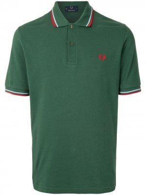 Рубашка поло с отделкой в полоску и логотипом FRED PERRY. Цвет: зеленый