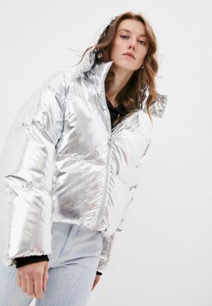 Куртка утепленная Juicy Couture. Цвет: серебряный