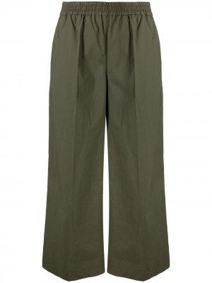 Укороченные брюки широкого кроя P.A.R.O.S.H.. Цвет: зеленый