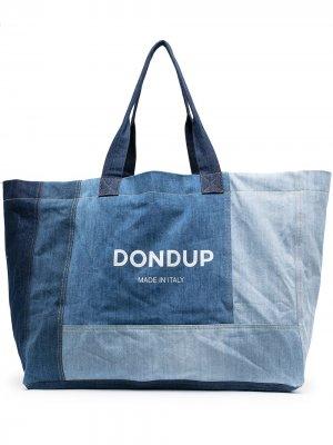 Джинсовая сумка-тоут в технике пэчворк с логотипом Dondup. Цвет: синий
