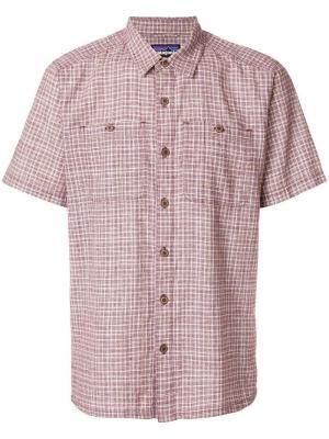 Клетчатая рубашка с короткими рукавами Patagonia. Цвет: красный