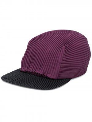 Плиссированная кепка Homme Plissé Issey Miyake. Цвет: фиолетовый