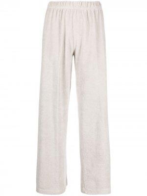 Расклешенные бархатные брюки Massimo Alba. Цвет: серый