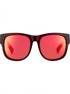 Солнцезащитные очки в D-образной оправе Matthew Williamson. Цвет: красный