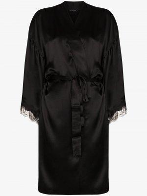 Халат с кружевом Sainted Sisters. Цвет: черный