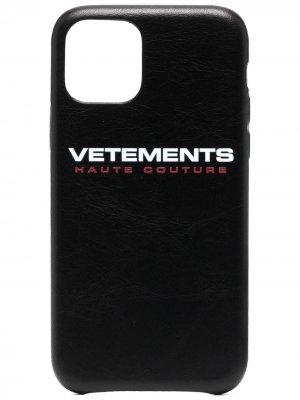 Чехол для iPhone 11 Pro с логотипом VETEMENTS. Цвет: черный