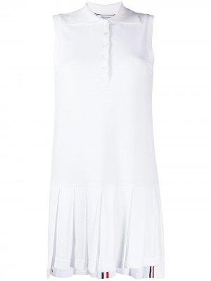Классическое теннисное платье с плиссировкой Thom Browne. Цвет: белый