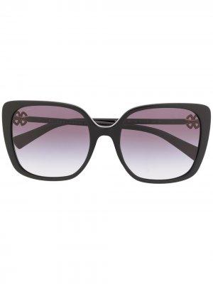 Солнцезащитные очки в квадратной оправе Bvlgari. Цвет: черный