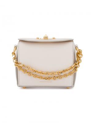 Квадратная мини-сумка Alexander McQueen. Цвет: нейтральные цвета