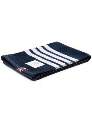 Полотенце с вышитыми полосками 4-Bar Thom Browne. Цвет: 415 синий