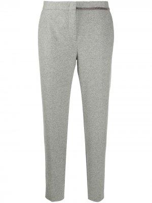 Зауженные брюки с отделкой бисером Fabiana Filippi. Цвет: серый