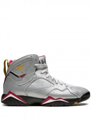 Кроссовки Air  7 Retro Jordan. Цвет: серебристый