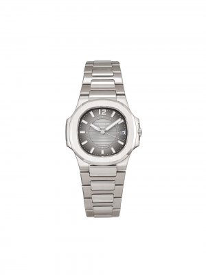 Наручные часы Nautilus pre-owned 32 мм 2014-го года Patek Philippe. Цвет: серый