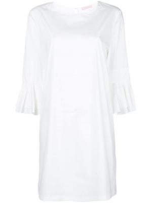 Короткое платье с рукавами воланами Kristina Ti. Цвет: белый