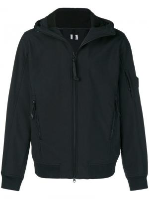 Zipped hooded jacket CP Company. Цвет: черный