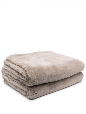 Одеяло Shirley из искусственного меха Apparis. Цвет: нейтральные цвета