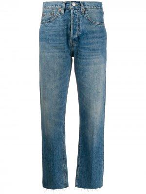 Зауженные джинсы с необработанными краями RE/DONE. Цвет: синий