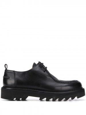 Туфли дерби с закругленным носком AMI Paris. Цвет: черный