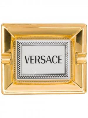 Пепельница с логотипом Versace Home. Цвет: белый