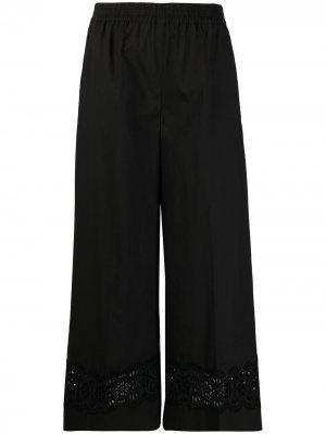Укороченные брюки с кружевом P.A.R.O.S.H.. Цвет: черный