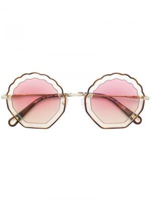 Солнцезащитные очки в фигурной оправе Chloé Eyewear. Цвет: нейтральные цвета