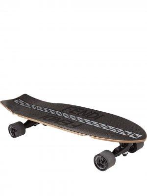 Скейтборд с логотипом FF Fendi. Цвет: черный