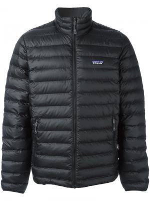Куртка-пуховик Patagonia. Цвет: черный