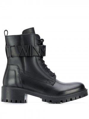 Ботинки с ремешками на щиколотке и логотипом Twin-Set. Цвет: черный