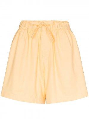 Пижамные шорты широкого кроя TEKLA. Цвет: желтый
