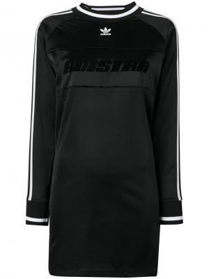 Платье в стилистике спортивной футболки Adidas. Цвет: черный