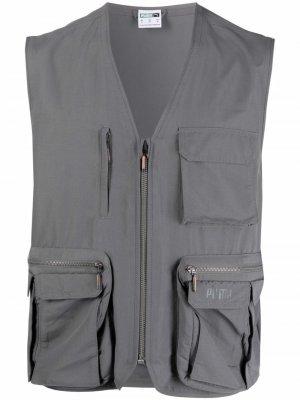 Жилет с карманами Puma. Цвет: серый