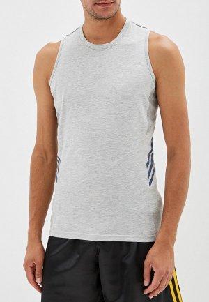 Майка спортивная adidas Combat. Цвет: серый