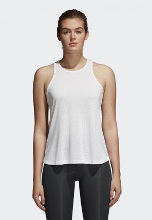 Майка спортивная adidas. Цвет: белый
