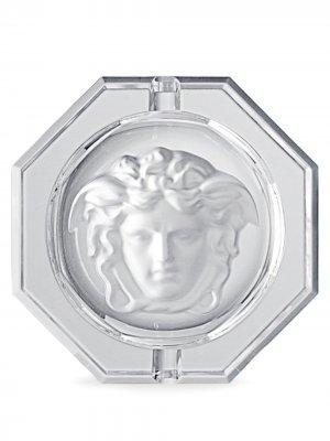 Пепельница с декором Medusa Versace Home. Цвет: белый