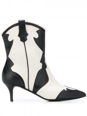 Ковбойские ботинки с заостренным носком Pollini. Цвет: черный