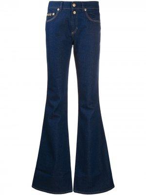 Расклешенные джинсы Versace Jeans Couture. Цвет: синий