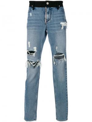 Классические джинсы с рваным эффектом Rta. Цвет: синий