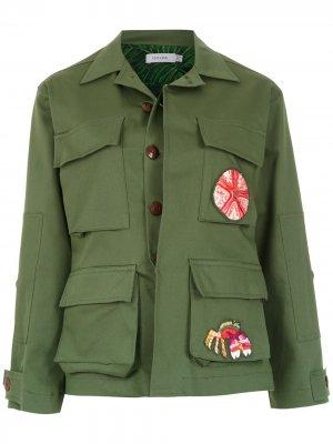 Куртка Army с нашивками Isolda. Цвет: зеленый