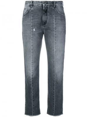 Укороченные джинсы бойфренды Closed. Цвет: серый